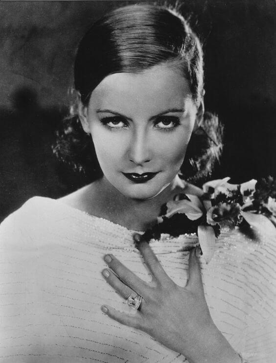 Xử nữ Greta Garbo