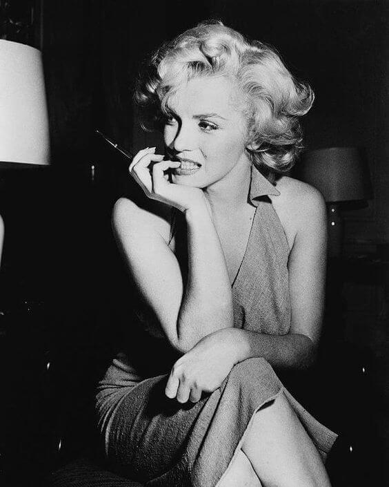 Nữ hoàng xinh đẹp Marilyn Monroe sinh ngày 1 tháng 6 năm 1926